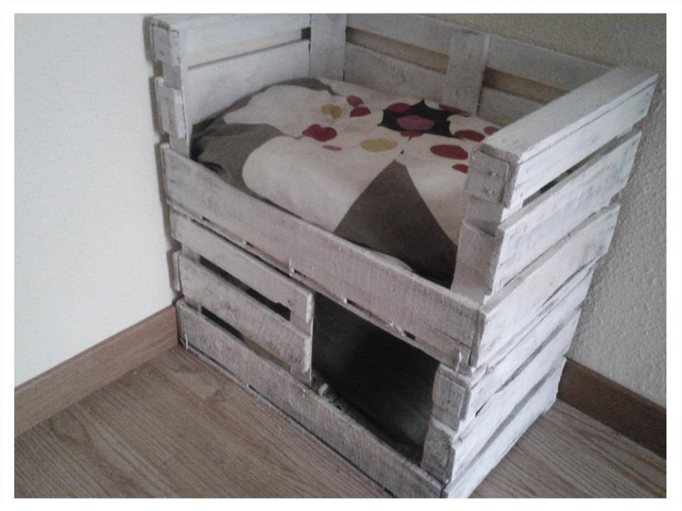 gatificaci n una cama con refugio para tu gato con cajas de fruta la loca de los gatos. Black Bedroom Furniture Sets. Home Design Ideas